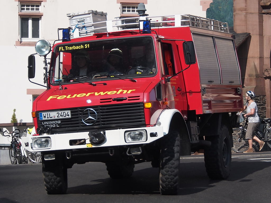 Vehicle - Vehicle - Truck - Mercedes - Unimog 435