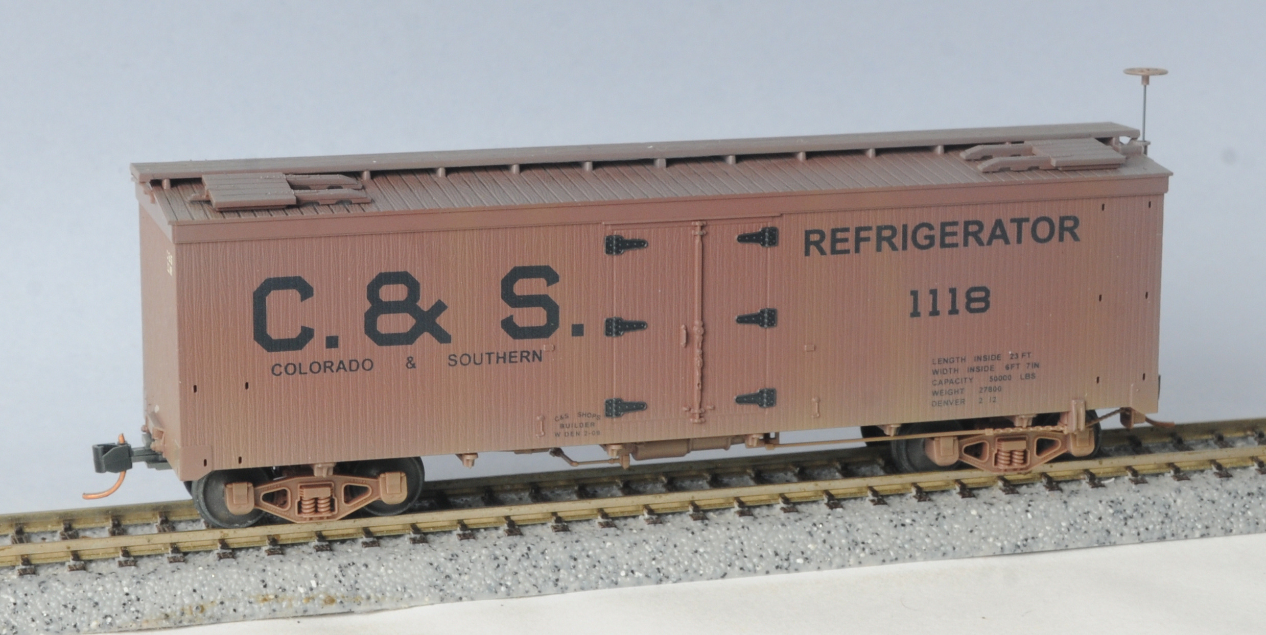 HO Scale - Micro-Trains - 850 44 060 - Reefer, Ice, Wood - Colorado & Southern - 1118