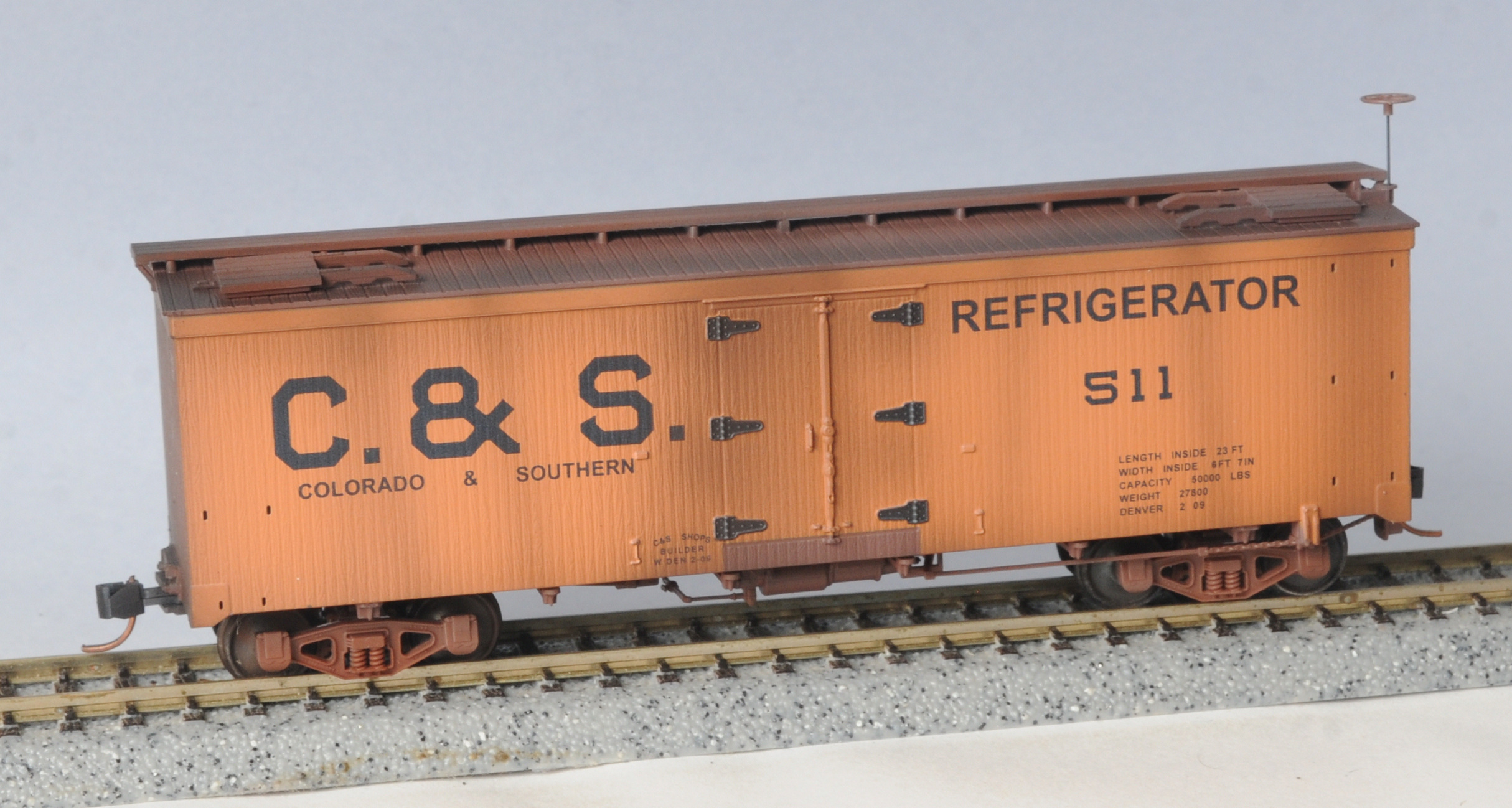 HO Scale - Micro-Trains - 850 44 070 - Reefer, Ice, Wood - Colorado & Southern - 511