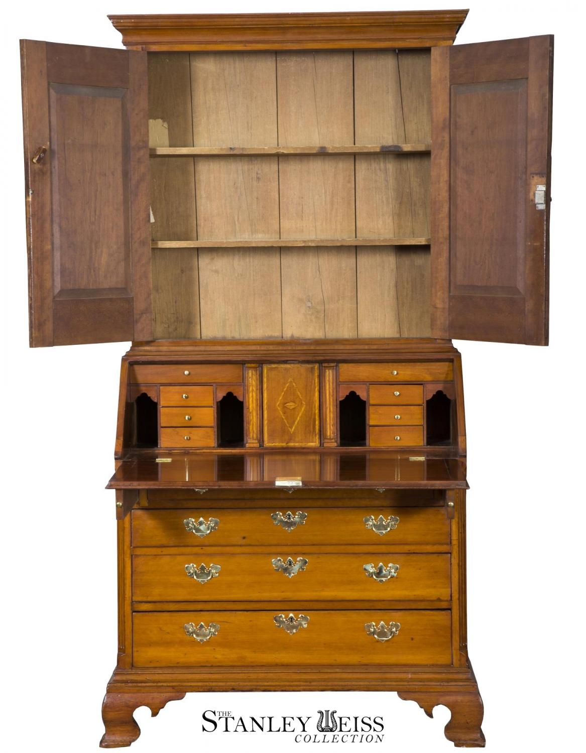 Chippendale Style - c. 1780 - Bookcase - Cherry