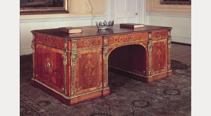 Chippendale Style - 1770 - Writing Desk - Oak