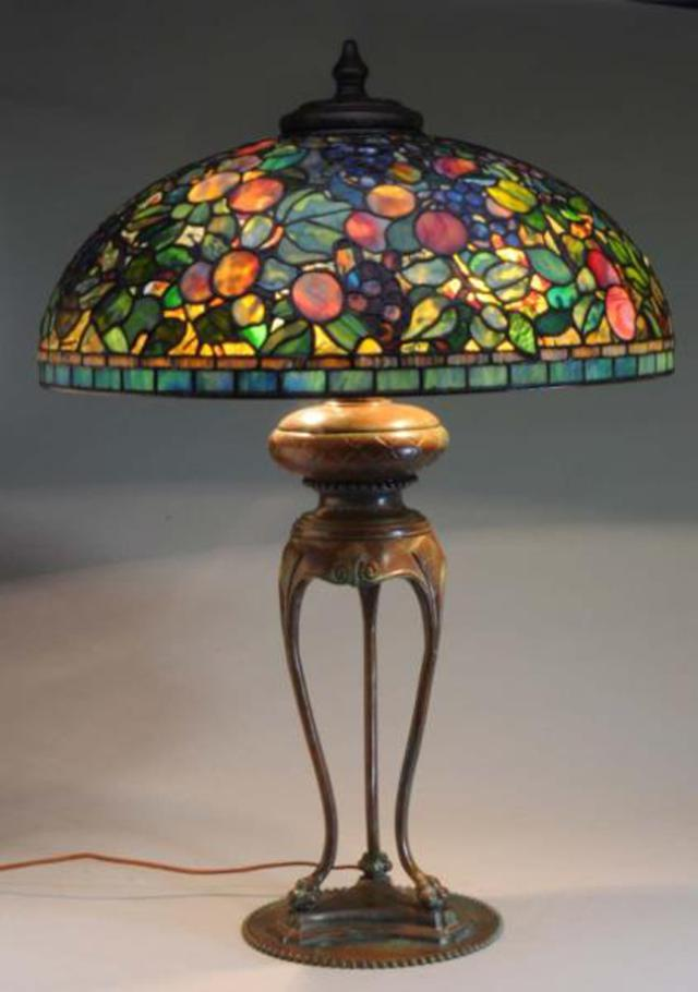Lamp - Tiffany - Fruit Shade