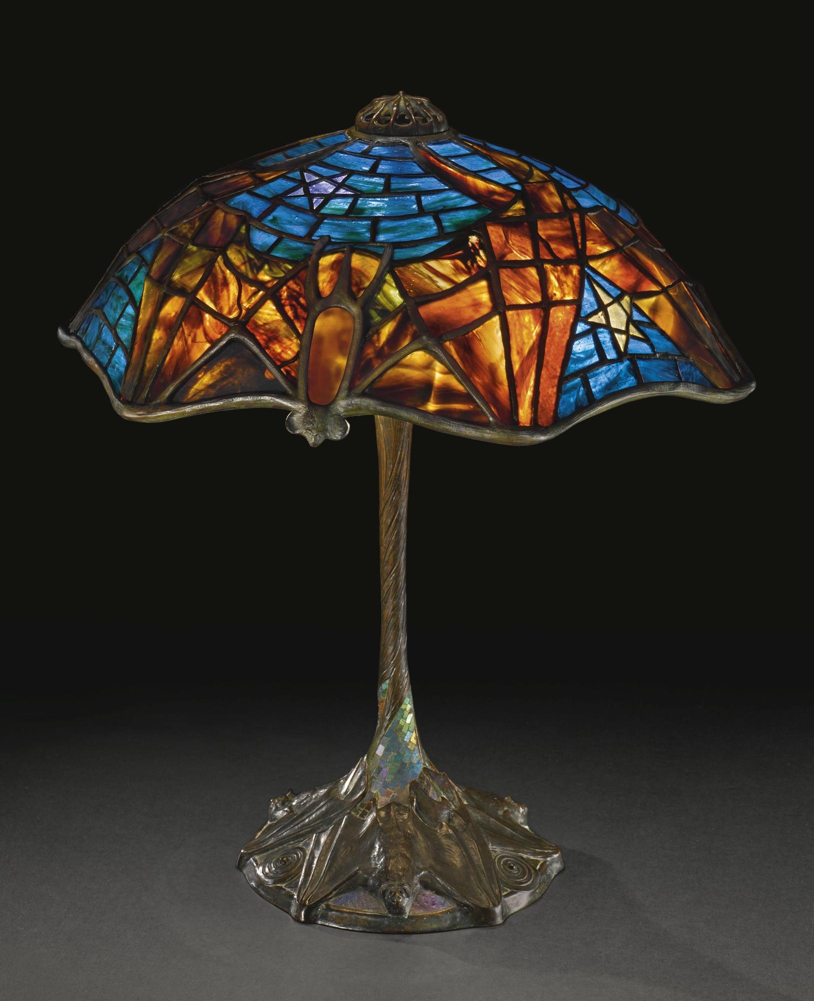 Lamp - Tiffany - Bat Shade