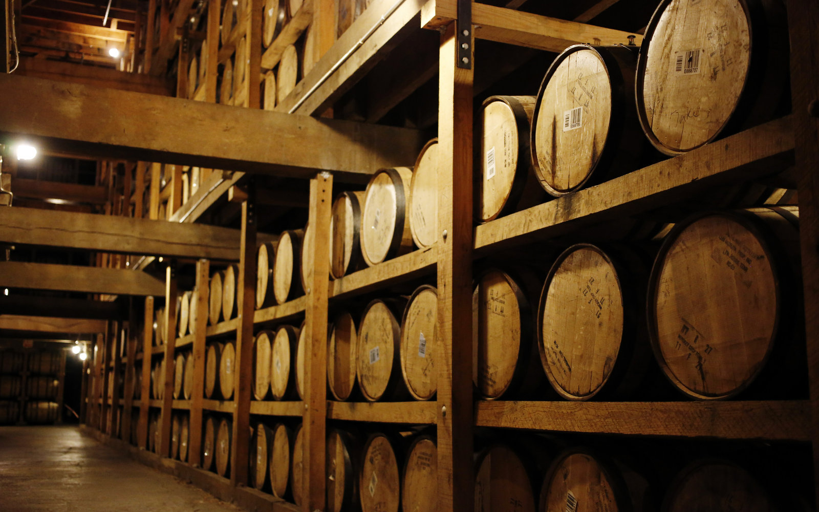 Transportation Company - Jack Daniels - Breweries, Wineries and Distilleries