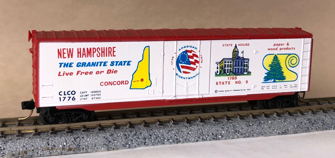 N Scale - Micro-Trains - NSC 06-47 - Boxcar, 50 Foot, Steel, Plug Door - Pacific Fruit Express - 145065
