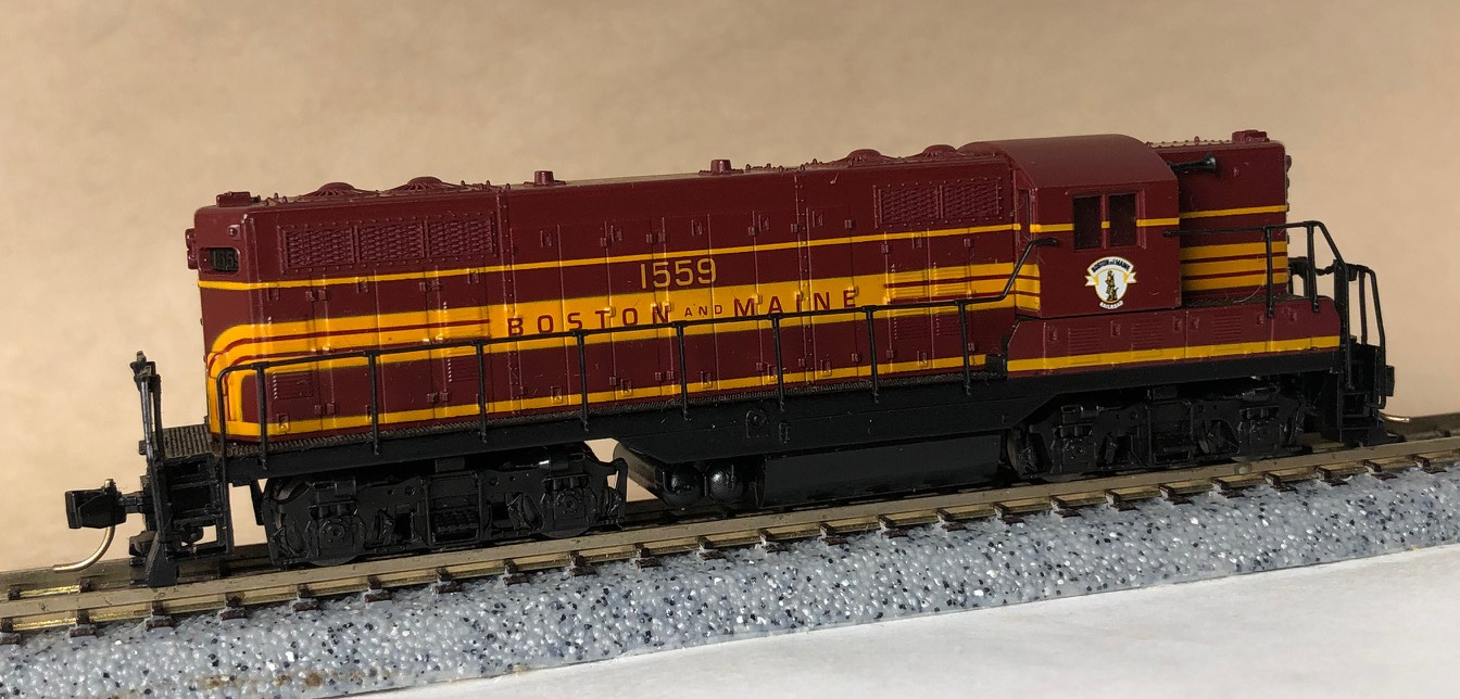 N Scale - Atlas - 48236 - Locomotive, Diesel, EMD GP7 - Western Pacific - 702
