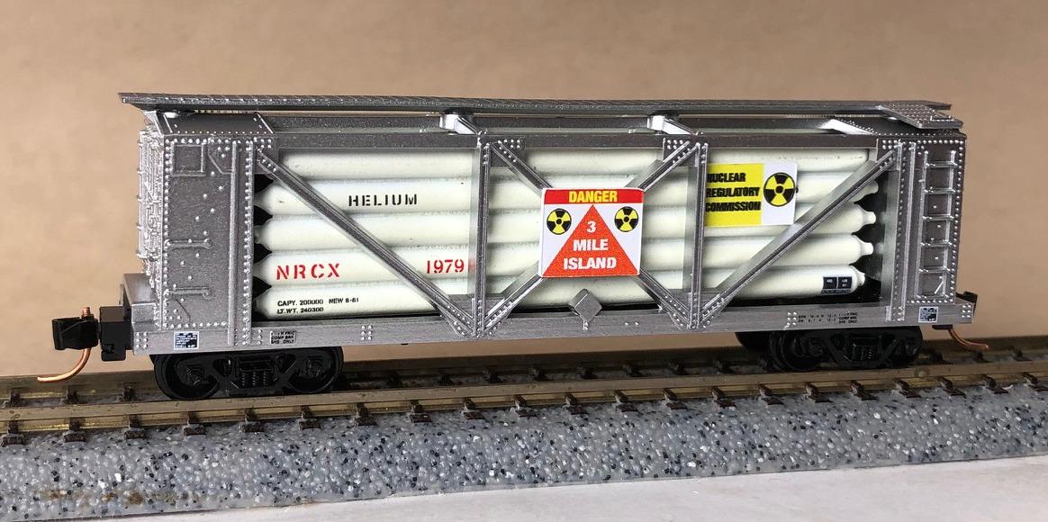N Scale - Micro-Trains - NSE MTL 17-170 - Tank Car, 40 Foot, Helium - NASA - 1177