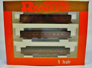 N Scale - Arnold - 0585 - Passenger Car, Heavyweight - Baltimore & Ohio