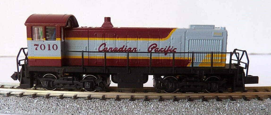 N Scale - Arnold - 5063 - Locomotive, Diesel, Alco S-2 - New York Central - 9718