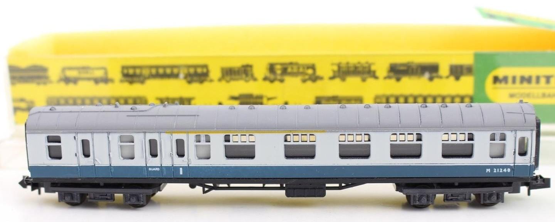 N Scale - Hornby-Minitrix - N308 - Passenger Car, British Rail, Mark 1 Coach - British Rail - M 21240
