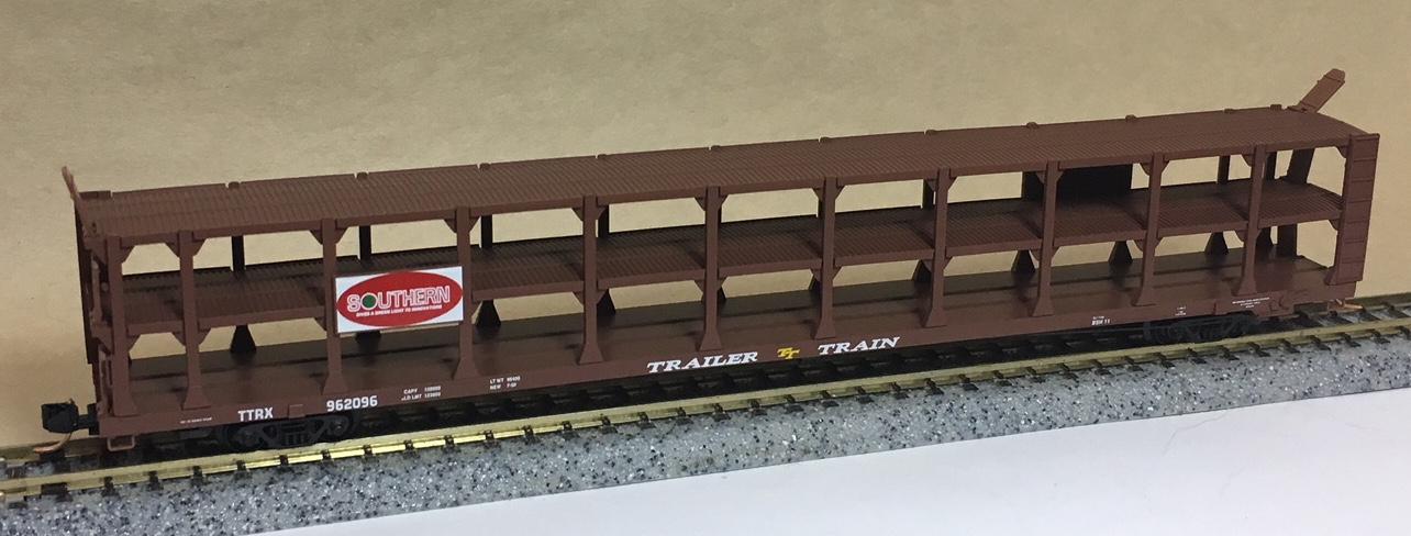 N Scale - Micro-Trains - 112010 - Autorack, Open, F89F Tri-Level - Southern - 962096