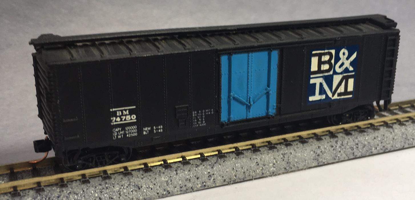 N Scale - Bachmann - 5450 - Boxcar, 50 Foot, Steel - Boston & Maine - 74750