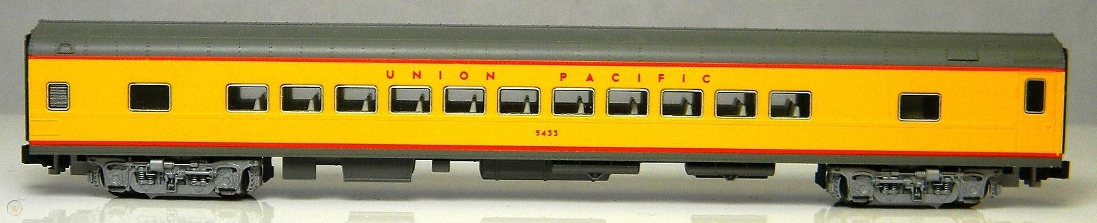 N Scale - Kato USA - 106-1101-B - Passenger Car, Lightweight, Pullman, Coach, 44-Seat - Union Pacific - 5433