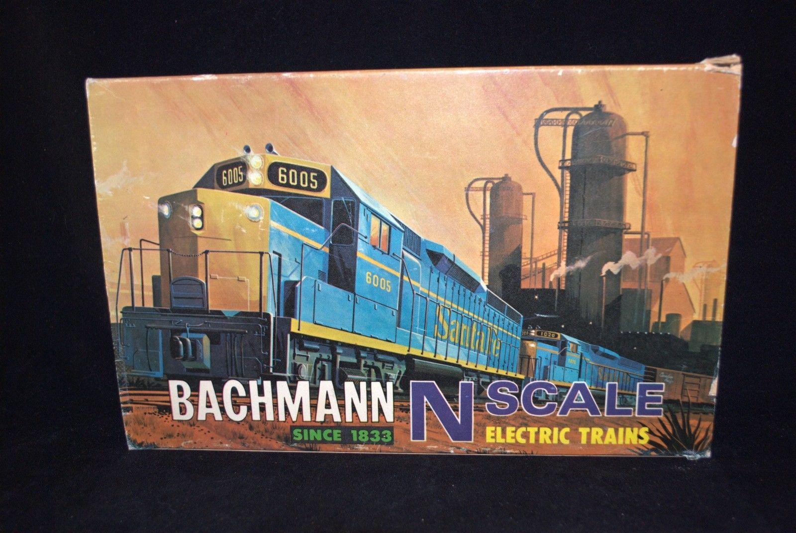 N Scale - Bachmann - 4026 - GP-40 Diesel with 5 Cars no Power Pack - Santa Fe
