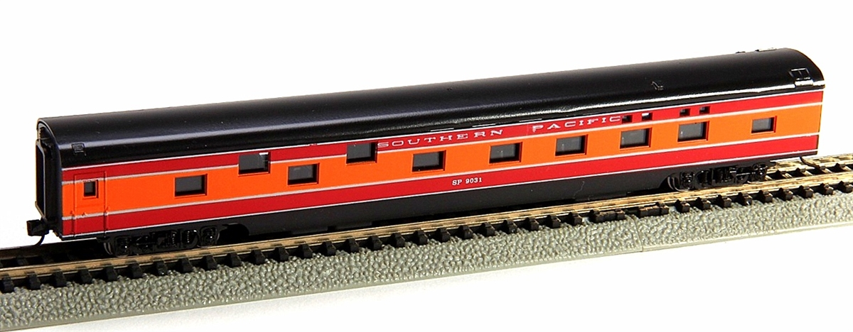 N Scale - Con-Cor - 0001-040076 - Passenger Car, Smoothside, 85 Foot Sleeper - Southern Pacific - 9031