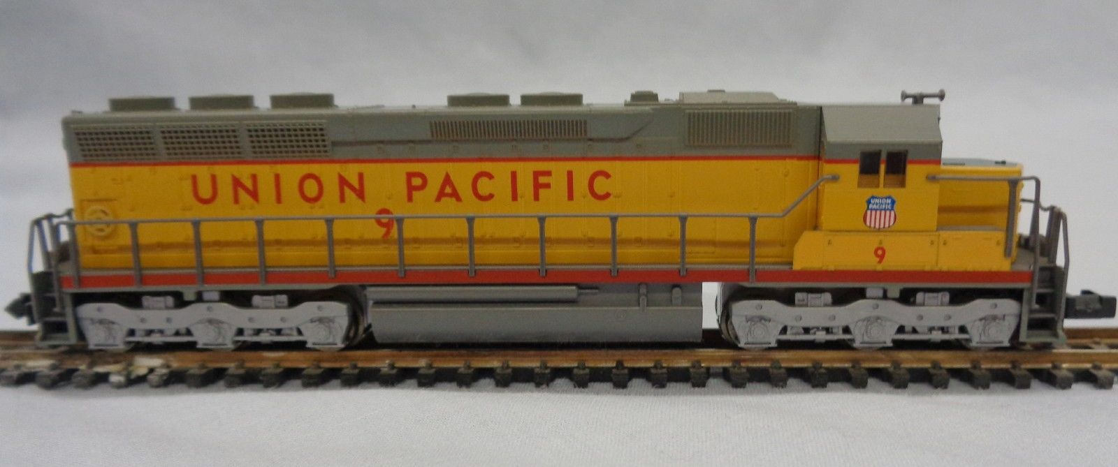 N Scale - Kato USA - 176-3119 - Locomotive, Diesel, EMD SD45 - Union Pacific - 9