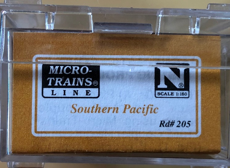 N Scale - Micro-Trains - NSC 05-12 - Caboose, Cupola, Wood - Southern Pacific - 205