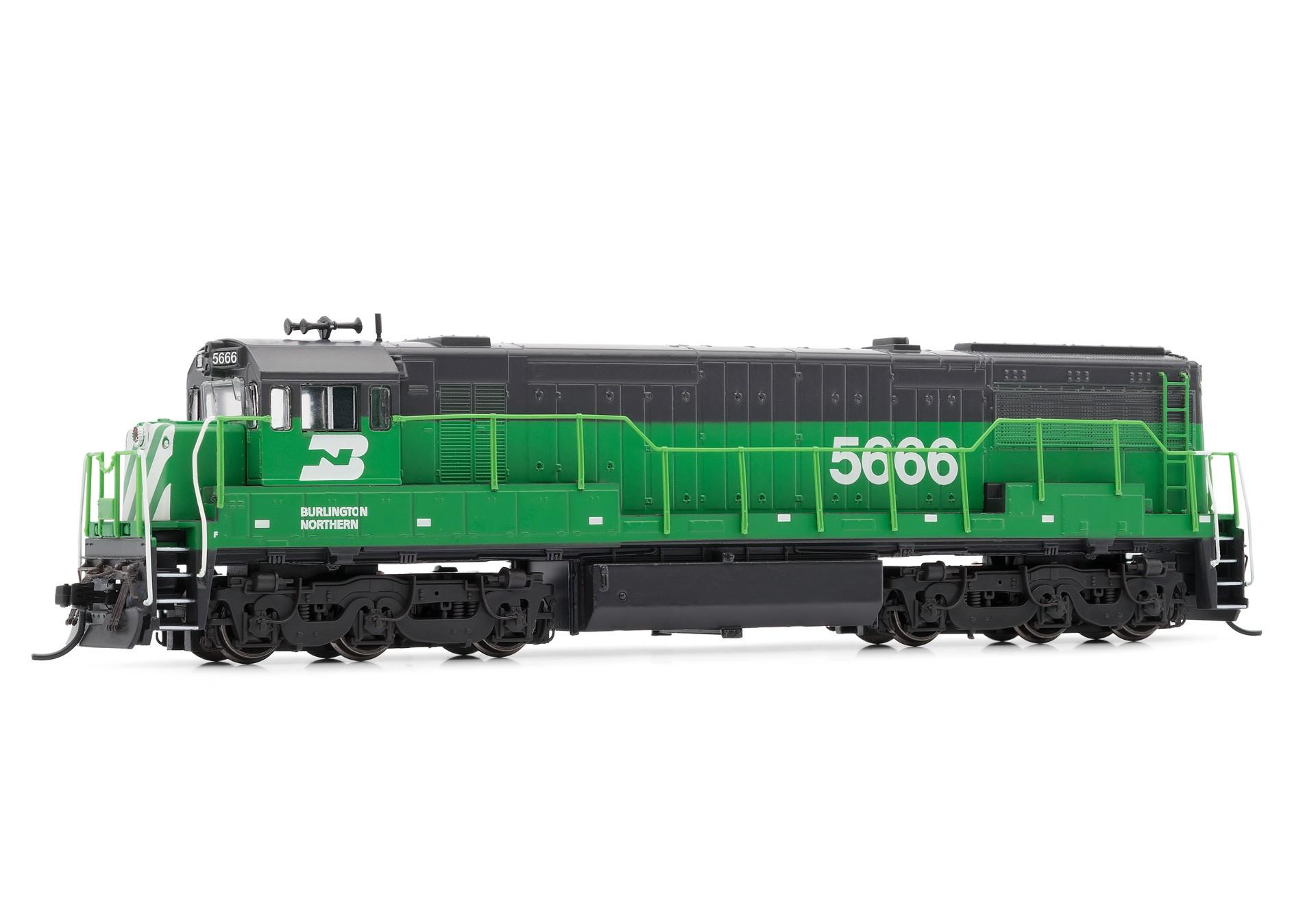 N Scale - Arnold Hornby - HN2317 - Locomotive, Diesel, GE U28C - Burlington Northern - 5666