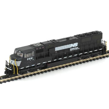 N Scale - Athearn - 10719 - Locomotive, Diesel, EMD SD70 - Norfolk Southern - 2581