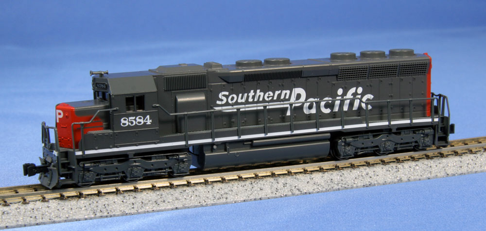 N Scale - Kato USA - 176-3131 - Locomotive, Diesel, EMD SD45 - Southern Pacific - 8584