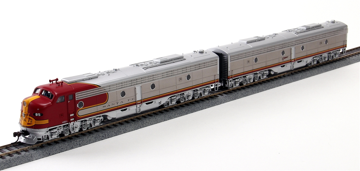 N Scale - Broadway Limited - 3055 - Locomotive, Diesel, EMD E8 - Santa Fe - 85L/84A