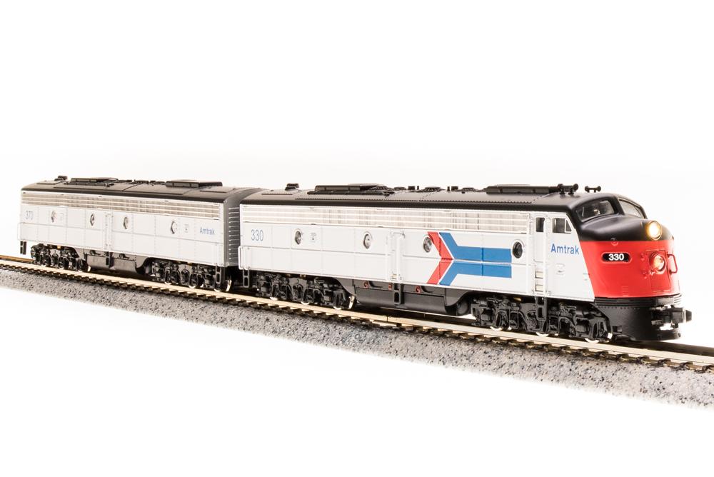 N Scale - Broadway Limited - 3240 - Locomotive, Diesel, EMD E8 - Amtrak - 330/370