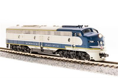 N Scale - Broadway Limited - 3251 - Locomotive, Diesel, EMD E8 - Missouri Pacific - 7018