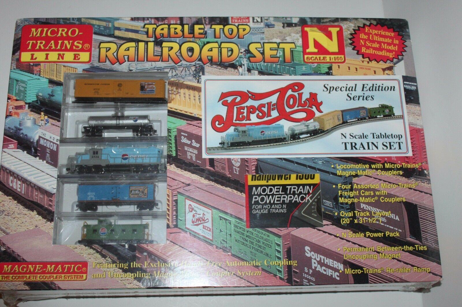 N Scale - Micro-Trains - 1501 - Freight Train, Diesel, North American, 2nd Generation Diesel Era - Pepsi - Freight Train