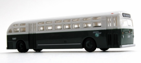 N Scale - Wheels of Time - 90412 - Bus, GM Old Look - Painted/Unlettered - None