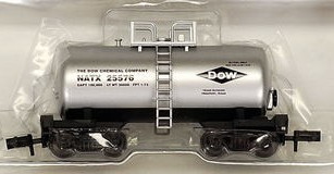 N Scale - Roundhouse - 84602 - Tank Car, Single Dome, Shorty - Dow - 25588