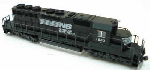 N Scale - Kato USA - 176-4810 - Locomotive, Diesel, EMD SD40-2 - Norfolk Southern - 1642