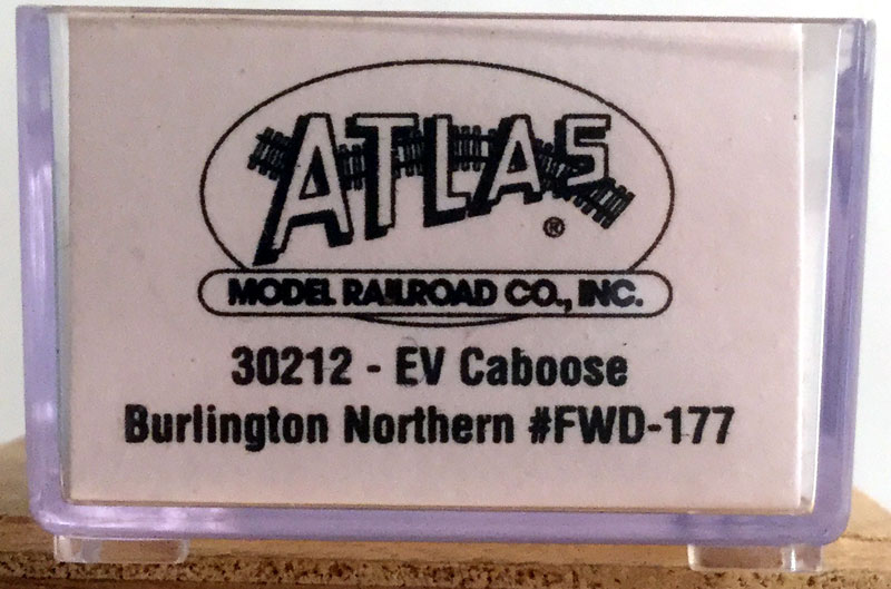 N Scale - Atlas - 30212 - Caboose, Cupola, Steel Extended Vision - Burlington Northern - FWD-177
