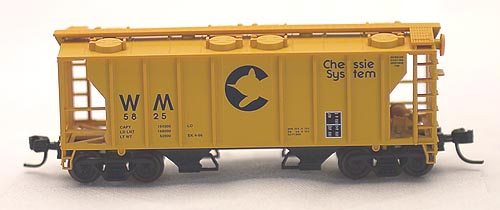 N Scale - Atlas - 31534 - Covered Hopper, 2-Bay, PS2 - Chessie System - 5848