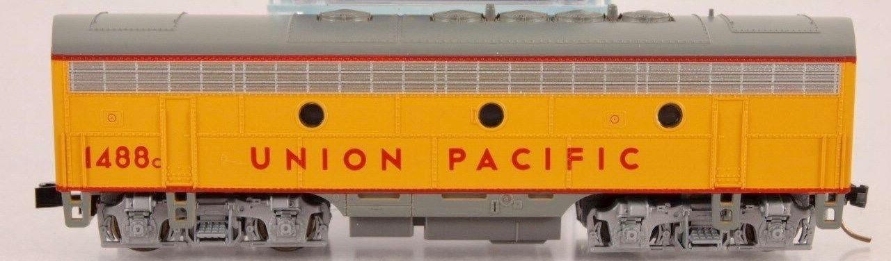 N Scale - Kato USA - 176-105 - Locomotive, Diesel, EMD F7 - Union Pacific - 1488C