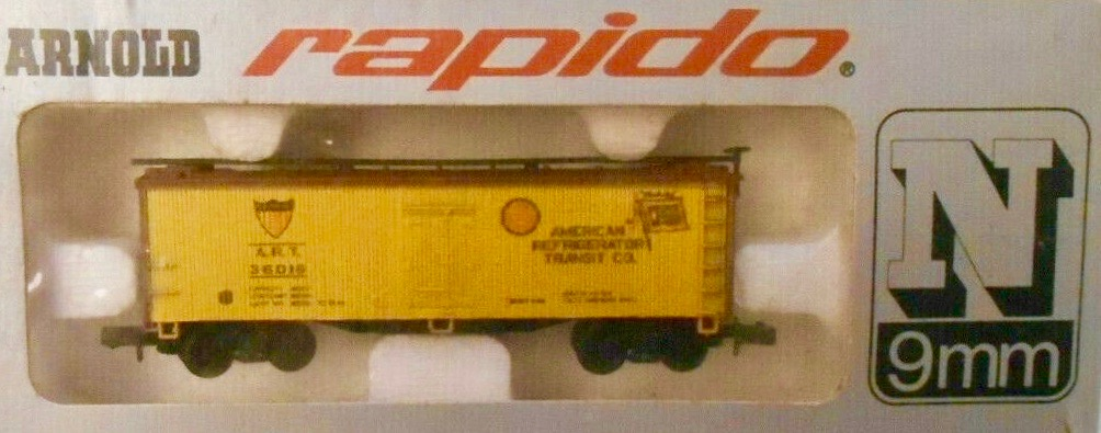 N Scale - Arnold - 0483A - Reefer, Ice, Wood - American Refrigerator Transit - 36016