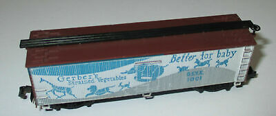 N Scale - Arnold - 0483G - Reefer, Ice, Wood - Gerber Products - 1001