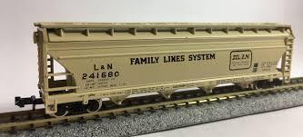 N Scale - Ak-Sar-Ben - 1007 - Covered Hopper, 4-Bay, ACF Centerflow - Family Lines - 241680
