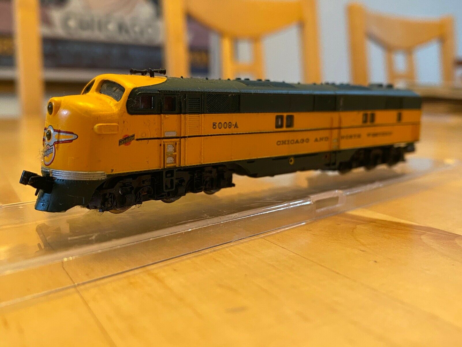 N Scale - Life-Like - 7005 - Locomotive, Diesel, EMD E7 - Chicago & North Western - 5009A