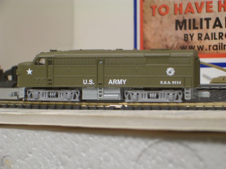 N Scale - IHC - N2001 - Locomotive, Diesel, Alco FA/FB - United States Army - 9114