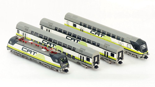 N Scale - Minitrix - 11610 - 4-Unit City Airport Train - ÖBB (Austrian Federal Railways) - 1116 142-9