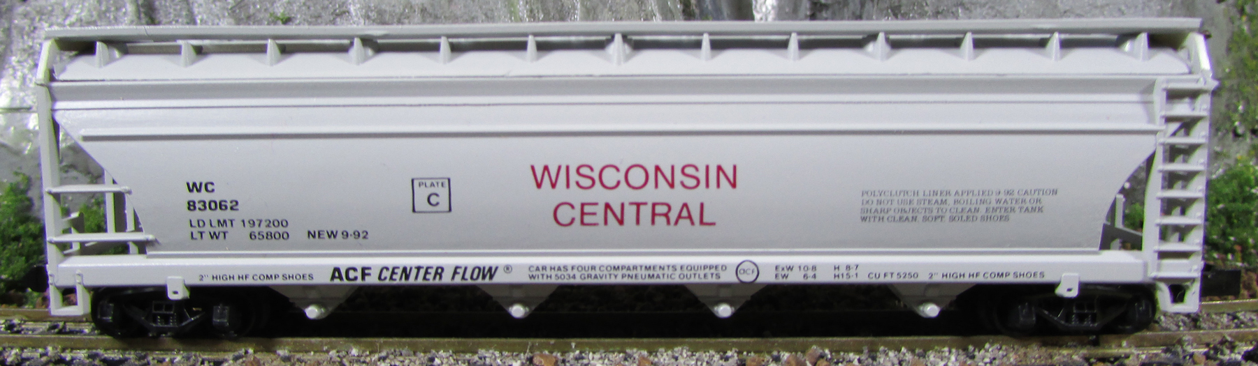 N Scale - The Freight Yard - 9309 - Covered Hopper, 4-Bay, ACF Centerflow - Wisconsin Central - 83062