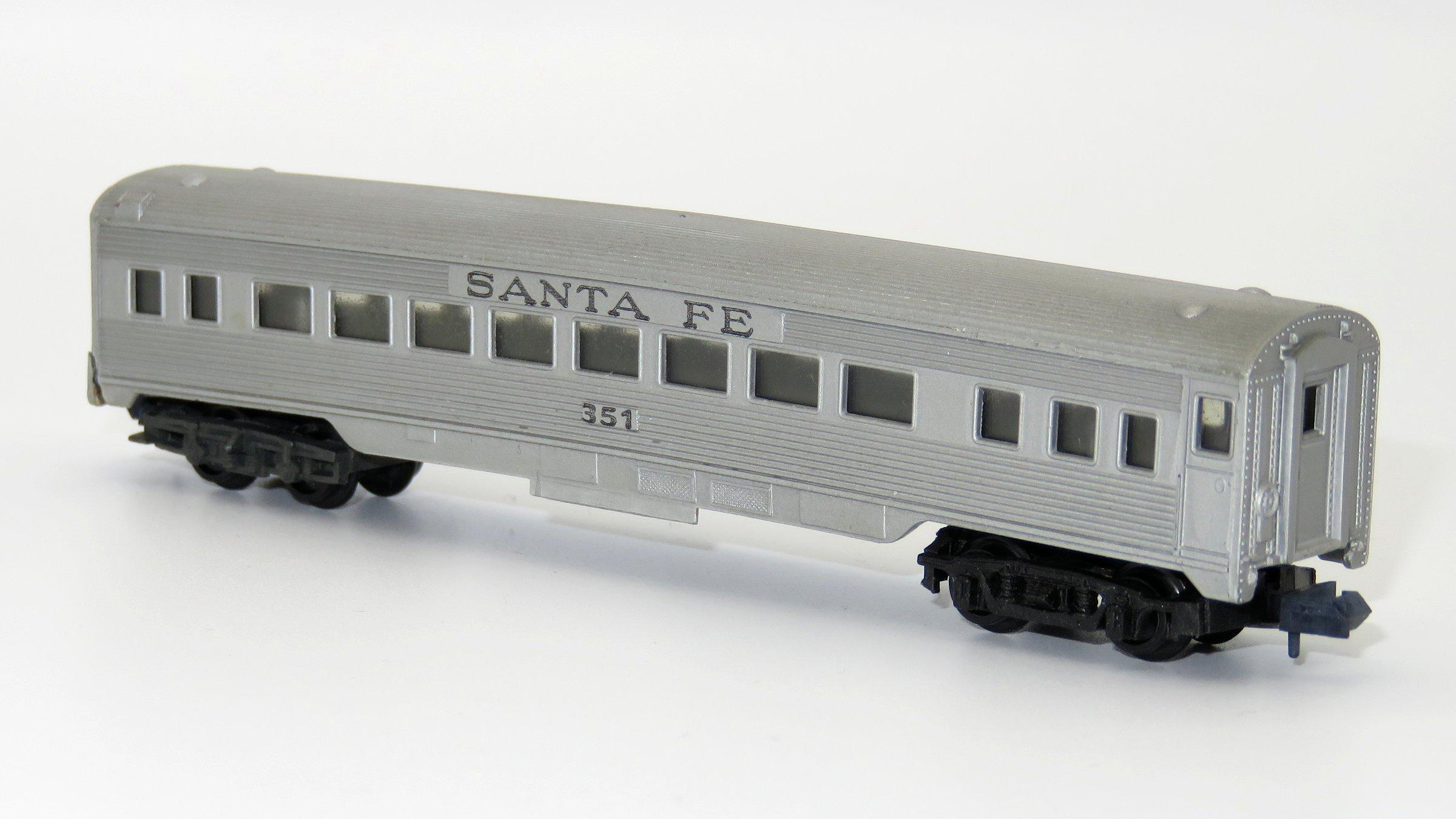 N Scale - Arnold - 0351S - Passenger Car, Lightweight, Corrugated - Santa Fe - 351