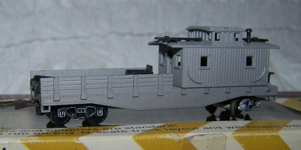 N Scale - Arnold - 2610 - Maintenance of Way Equipment, North American, Transition Era - Undecorated