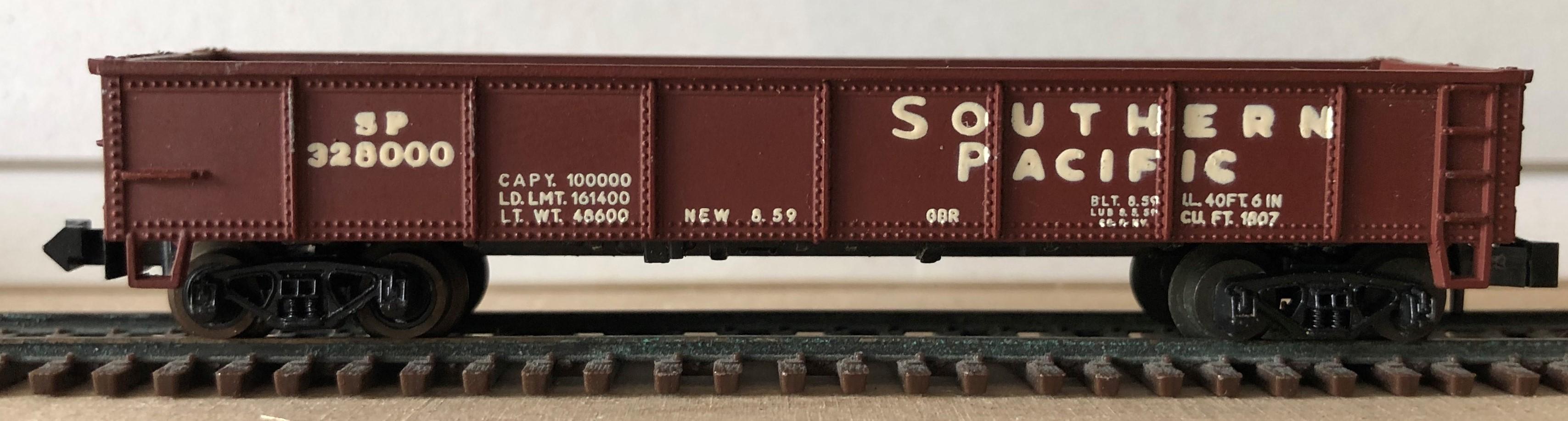 N Scale - Minitrix - 3210 - Gondola, 40 Foot, Steel - Southern Pacific - 328000
