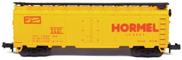 N Scale - Aurora Postage Stamp - 4885-425 - Reefer, Ice, Steel - Hormel - 3521