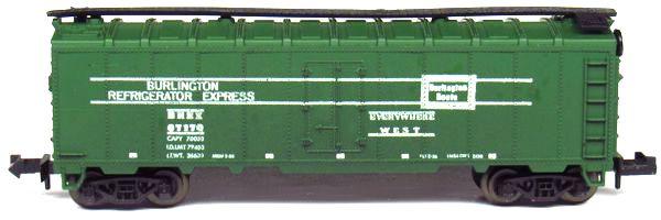 N Scale - Aurora Postage Stamp - 4885-270 - Reefer, Ice, Steel - Burlington Route - 67170