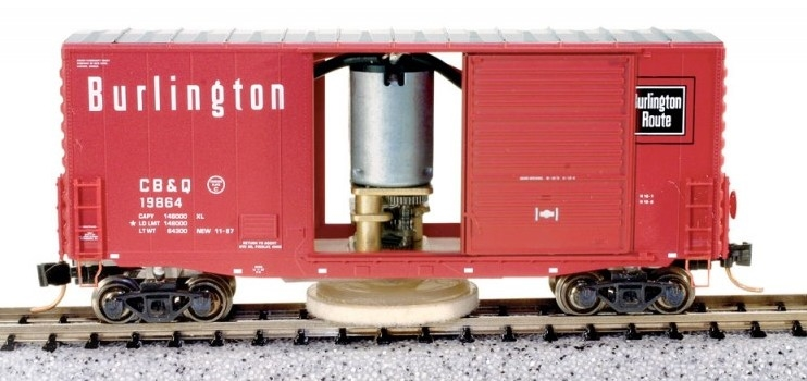 N Scale - MNP - NTC-N001 - Boxcar, 40 Foot, Track Cleaning Car - Burlington Route - 19864