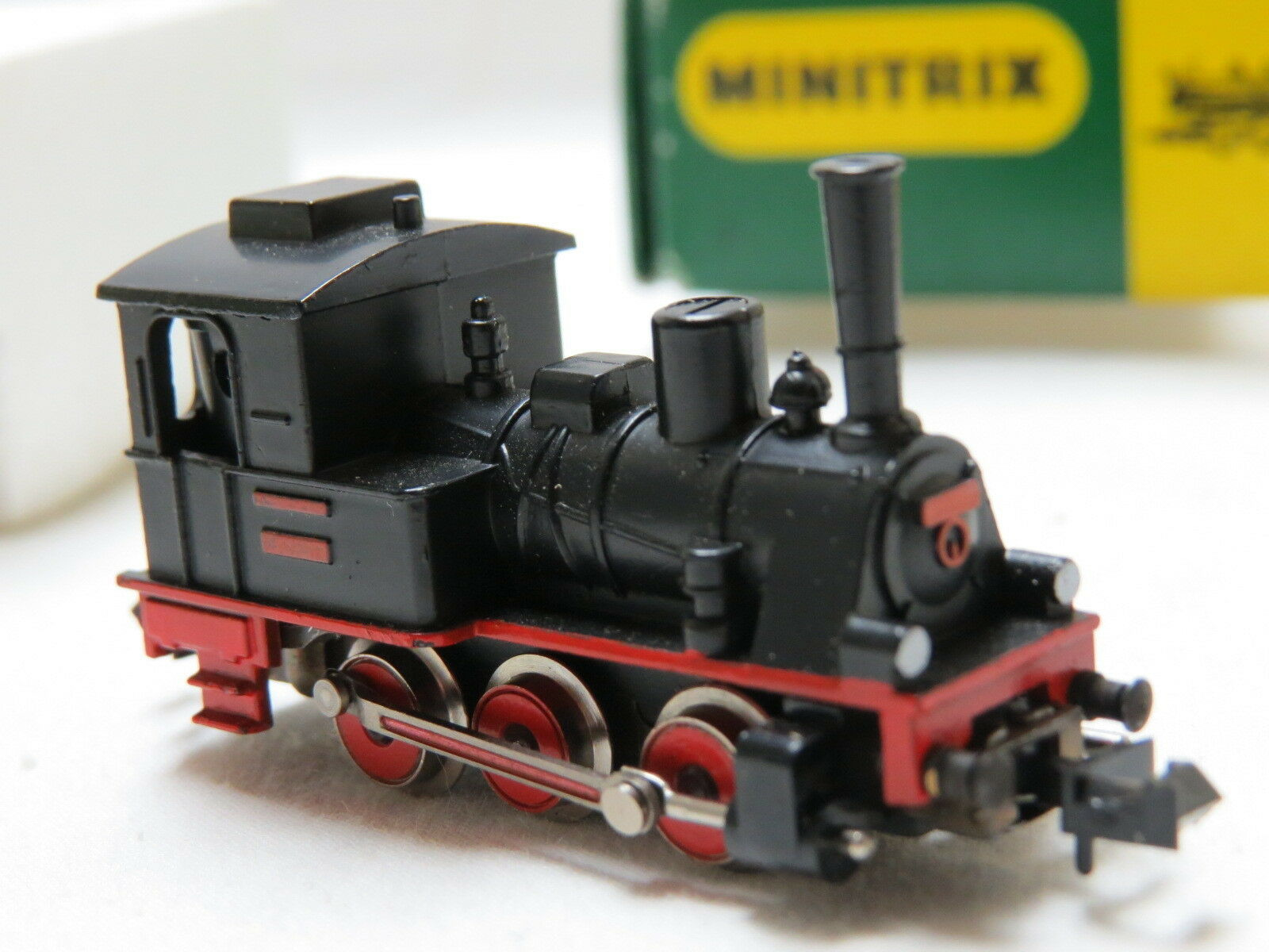 N Scale - Minitrix - 2913 - Engine, Steam, 0-6-0 Lil Donkey - Painted/Unlettered