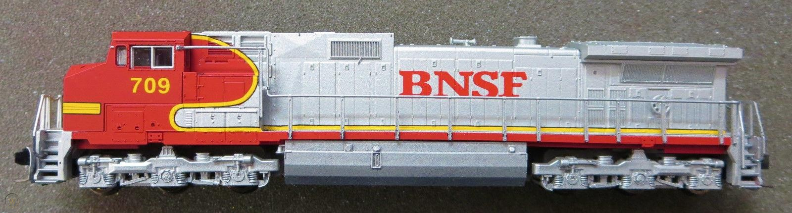 N Scale - Dream Designs - BNSF 709 - Locomotive, Diesel, GE C44-9W - Burlington Northern Santa Fe - 709