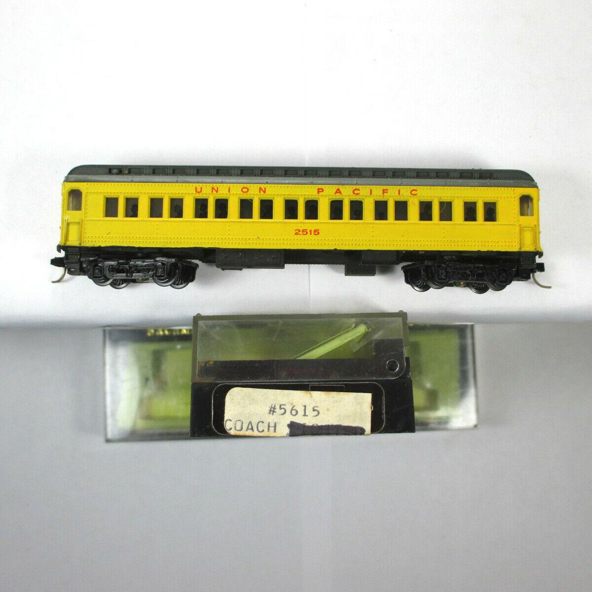 N Scale - Bachmann - 5615 - Passenger Car, Heavyweight - Union Pacific - 2515